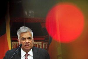 Sri Lankan Prime Minister Ranil Wickremesinghe addresses reporters at a hotel in Beijing, China April 9, 2016. REUTERS/Damir Sagolj